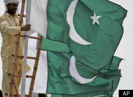 s-pakistan-flag-large