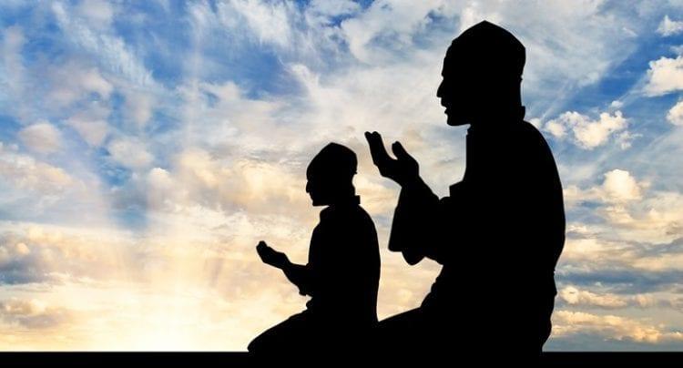 islam_muslims_praying_banner_7-31-16-1.sized-770x415xc